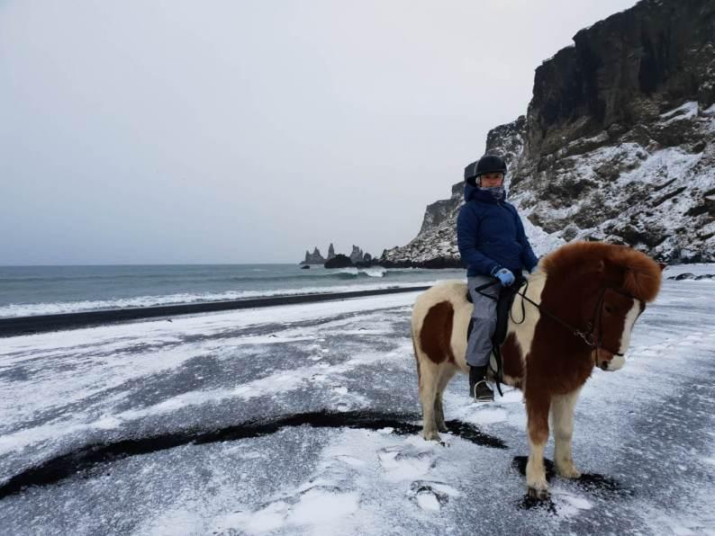 Paardrijden in de winter op IJsland
