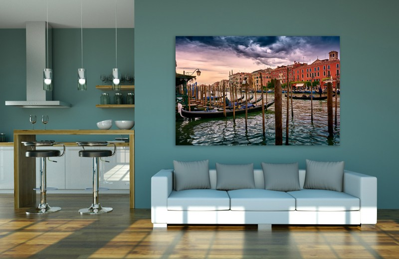 Vintage Buildings And Dramatic Sky, A Dreamlike Seascape In Venice Canvas Print by Eduardo José Accorinti