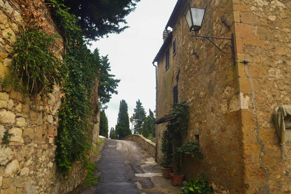 Pienza's alleys - romantic and full of Tuscan character