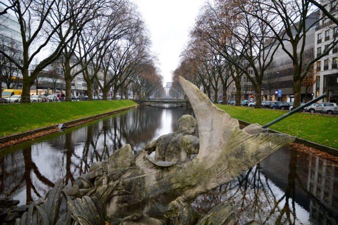 Tritonenbrunnen, Königsallee, Düsseldorf, Germany