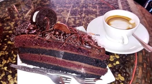 chocolate_cake_coffee_break