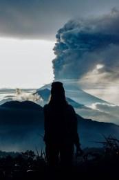 Indonezyjskie Bali zagrożone erupcją wulkanu – turyści nie mogą wydostać się z wyspy!