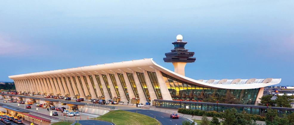 ダレス空港