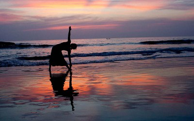 Traveling to Goa ? Check Out these 5 Top Beaches For Yoga in Goa