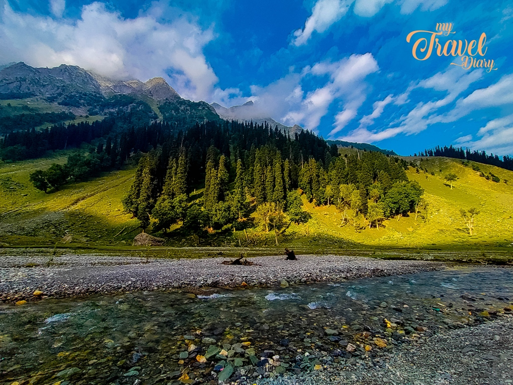 The morning light on the hills make it look so beautiful in Sonamarg, Kashmir