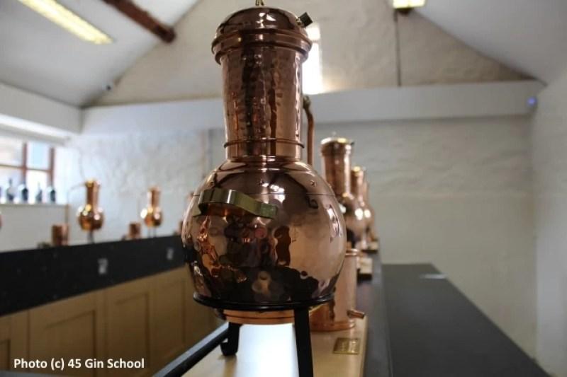 Jamie_Baxter_Gin_School_Classroom_Stills_2