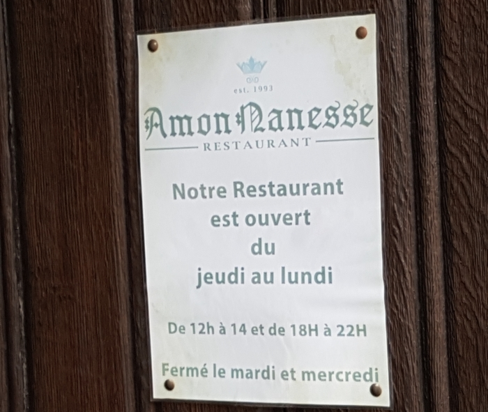 Opening times at The Maison du Peket Restaurant, also known as the Amon Nanesse Restaurant, in Liege, Belgium