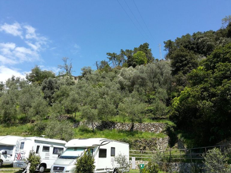 Cinque Terre Camping in Monterosso - Area Sosta Camper Il Poggio Campground