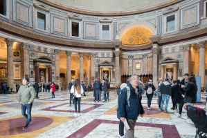 Tourist in the Pantheon Rome