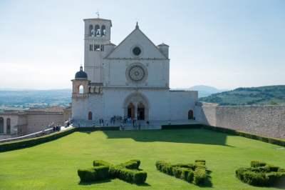 Front of san francesco d'assisi basilica