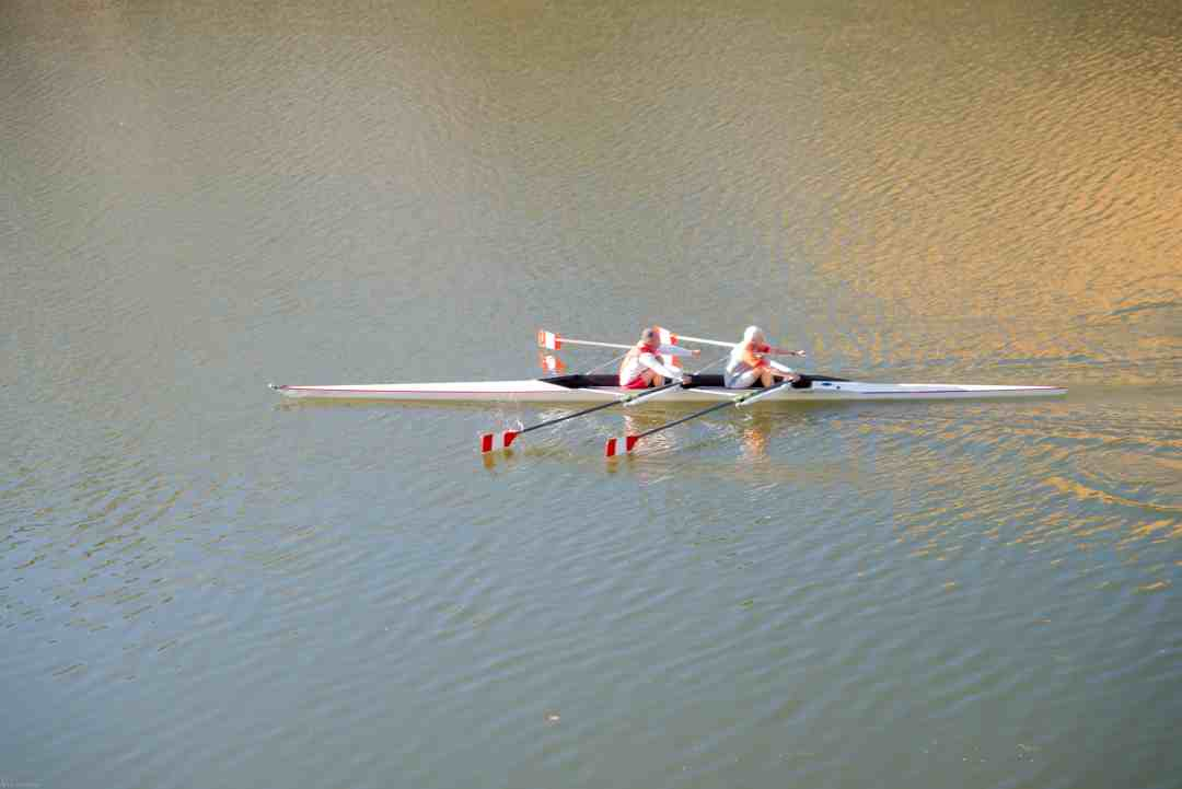 Rowers on the Arno River