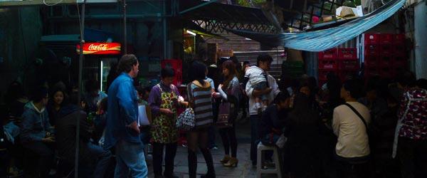 The Sing Heung Yuen dai pai dong on Mei Lun Street. Photo credit Dakota Smith.