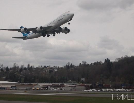 Seattle - Boeing 747-8 taking off from Boeing Field