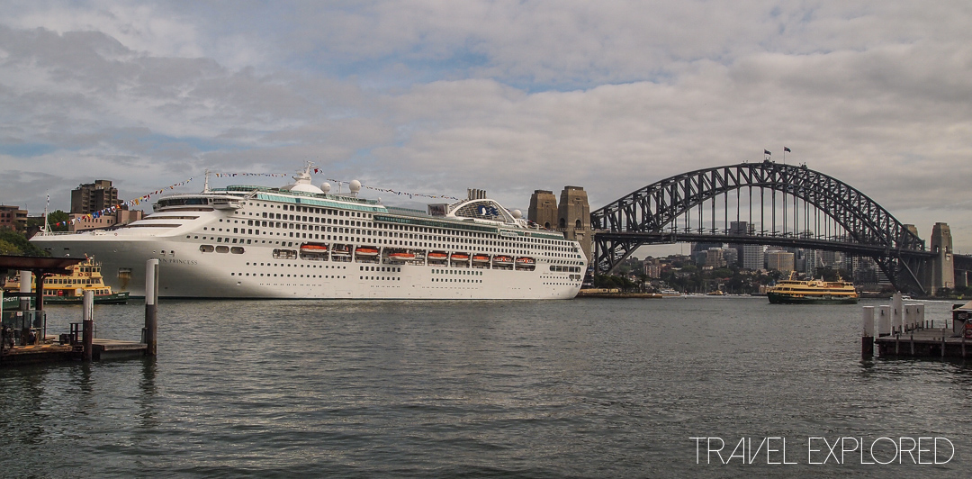 Sydney - Sawn Princess next to Sydney Harbour Bridge