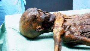 unlce Ötzi 001i