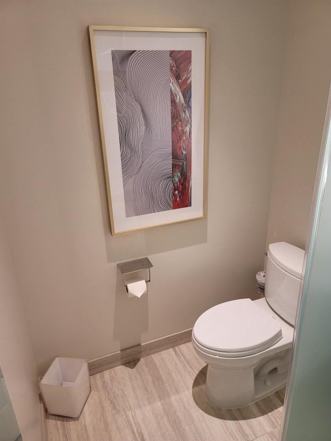 conrad las vegas toilet