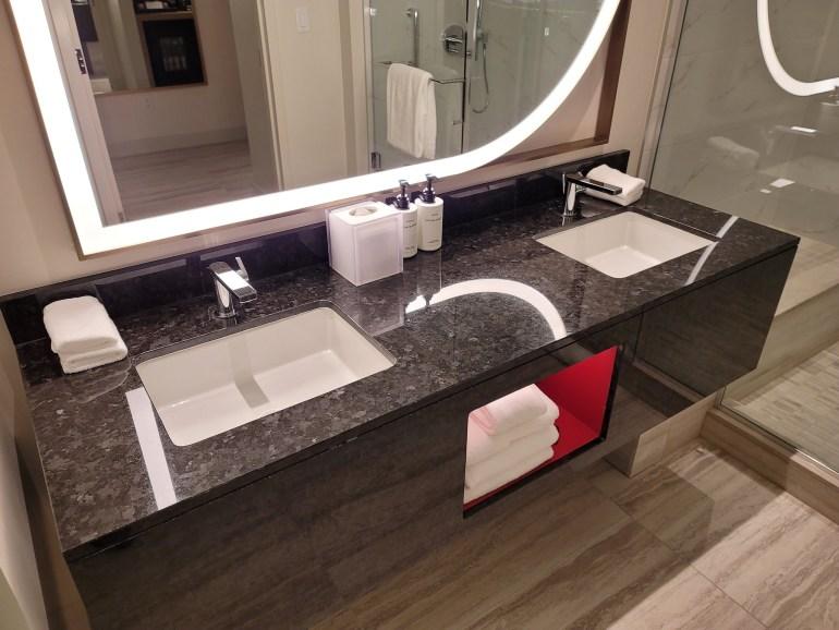 conrad las vegas bathroom
