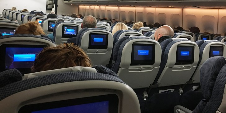 What to expect on an eight hour flight in economy - Travel for a Living