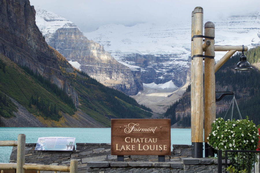 CHECKING IN @ FAIRMONT CHATEAU, LAKE LOUISE
