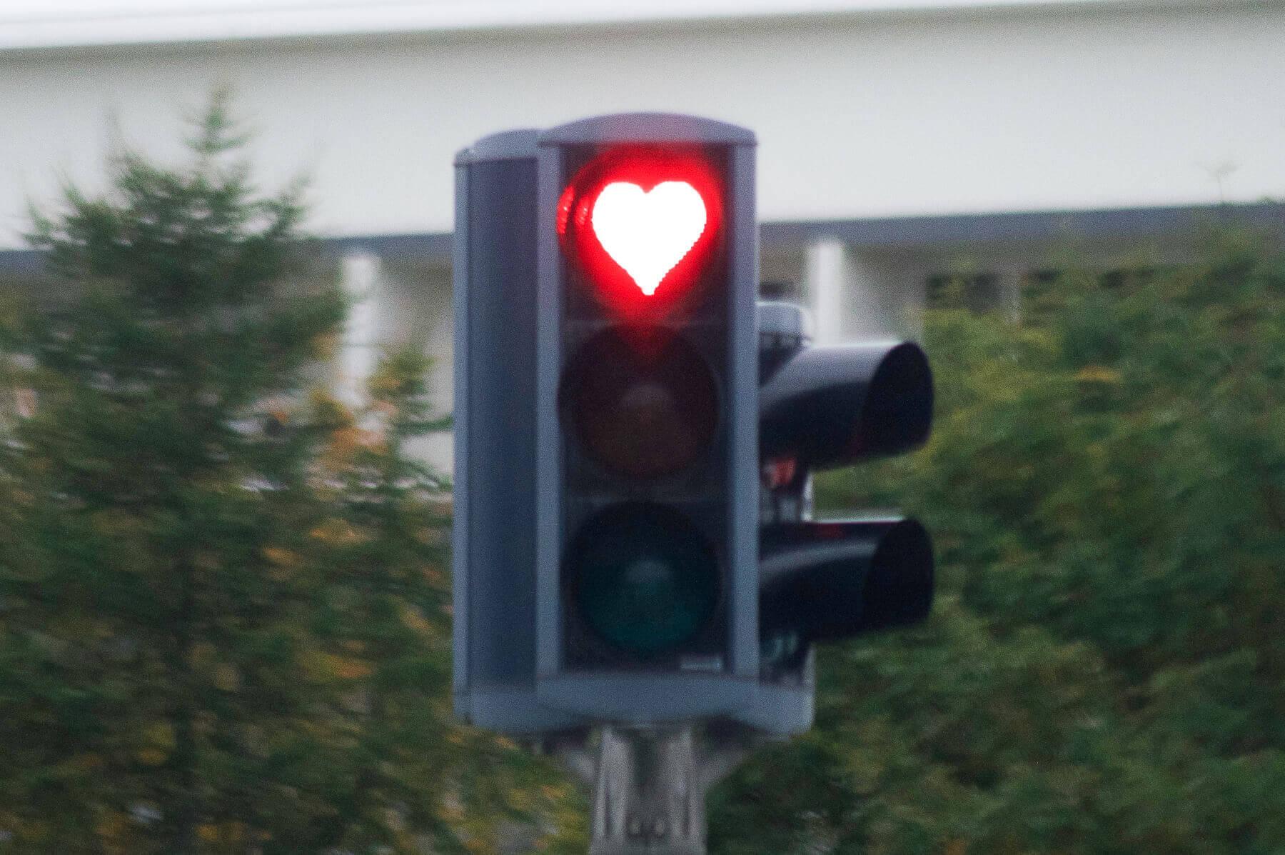 love heart traffic light