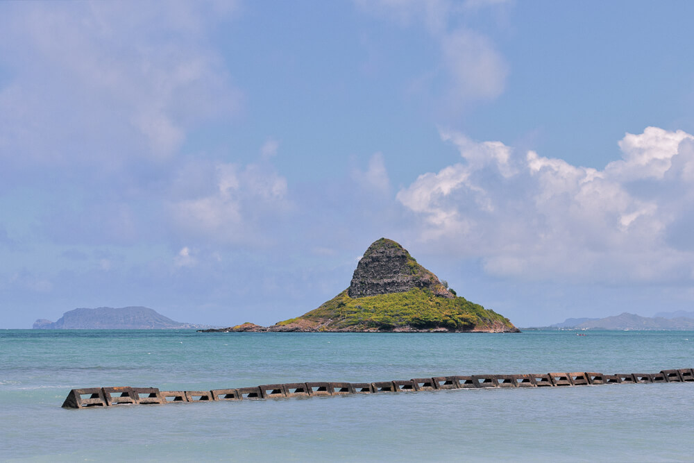 A small island in the turquoise ocean - Chinaman's Hat