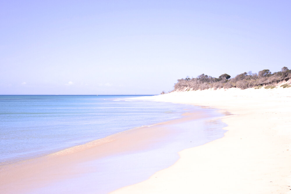 White sandy beach along the Mornington Peninsula - Australia