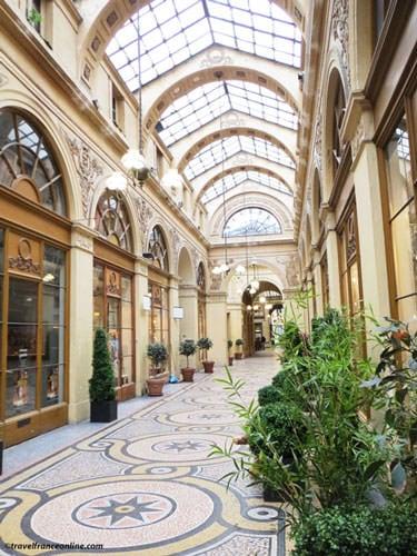 Galerie Vivienne Shopping Gallery Paris