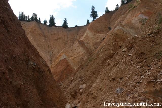 Ruginoasa Hole seen from Valea Seaca valley