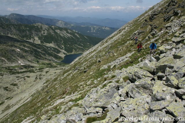 hiking to Close Gates ridge