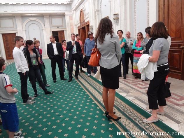 tourists group at Parliament building