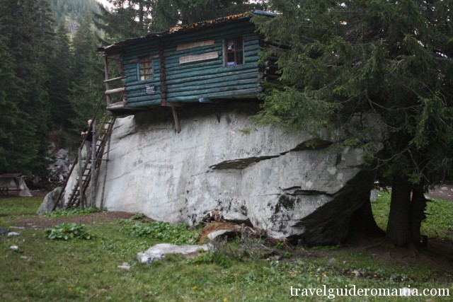 Agatat refuge - Parang mountains