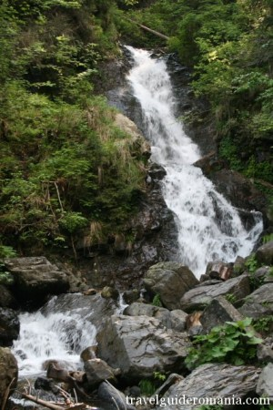 Patrahaitesti waterfall - Apuseni mountains