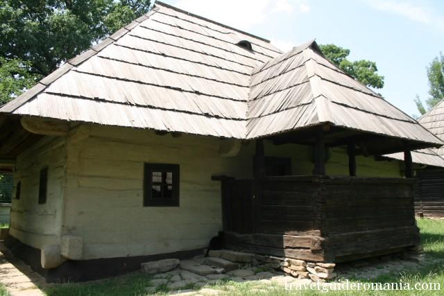 Casa traditionala din zona Moldovei