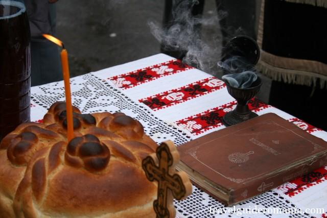 Obiceiuri traditionale la inmormantari