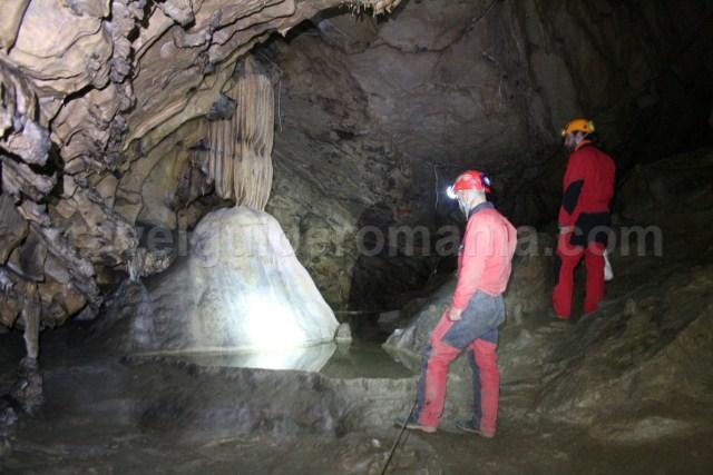 Caving in Romania - Comarnic cave - ninei mountains