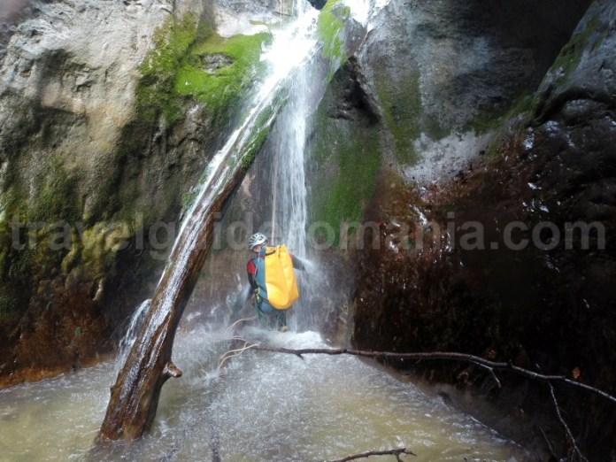 Canionul Oselu - descoperind Romania