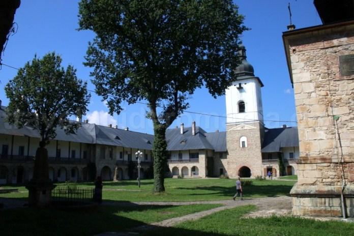 Visiting Neamt Monastery - Romania
