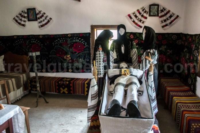 Traditii romanesti la moarte in zona Bucovina