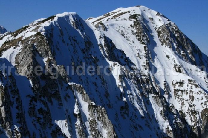 Turism montan in Muntii Piatra Craiului - Carpatii Meridionali