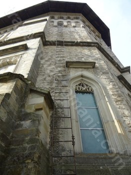 Detalii decorative ale bisericii manastirii Dragomirna