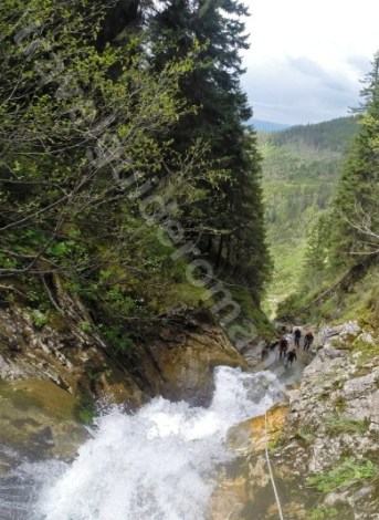 Canyoning la Canionul Cailor - Romania - Maramures