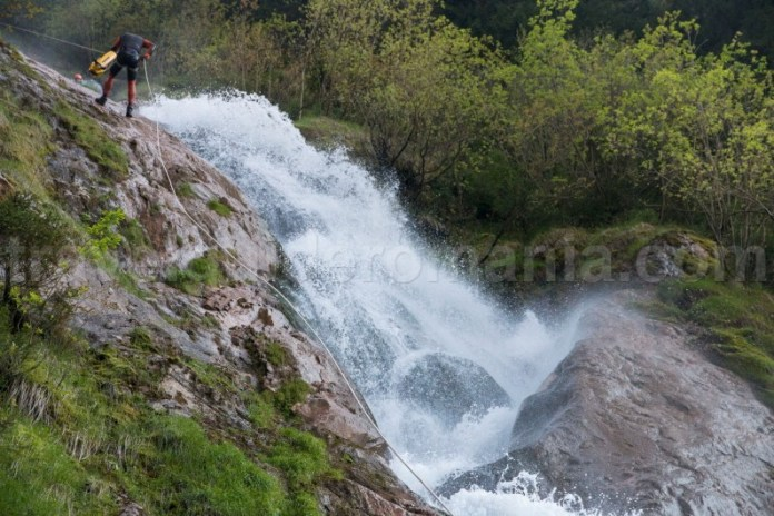Cascada și canionul Cailor - Maramures - Romania