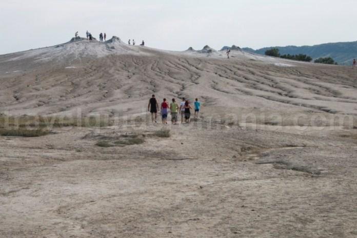 Obiective turistice din Romania - Vulcanii Noroiosi de la Berca