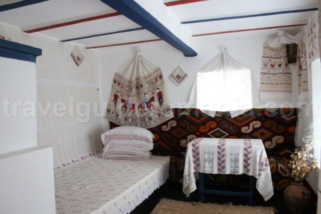 Interior gospodarie traditionala dobrogeana