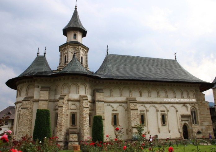 Biserici crestine din Moldova