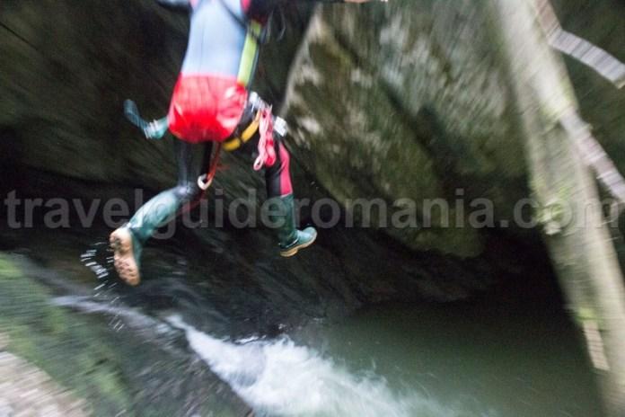 Canyoning in zona Padis - Canionul Galbenei
