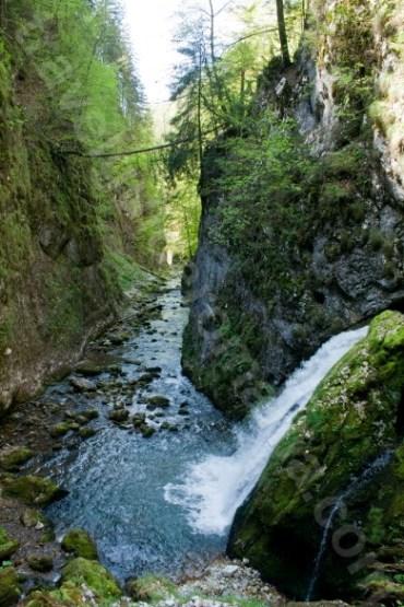 Cascada Evantai - Cheile Galbenei - Muntii Apuseni