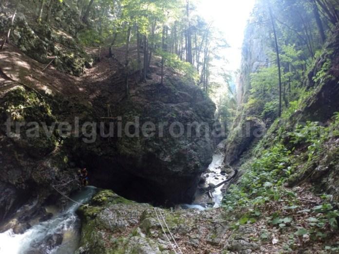 Obiective turistice din Padis - Canionul si Cheile Galbenei