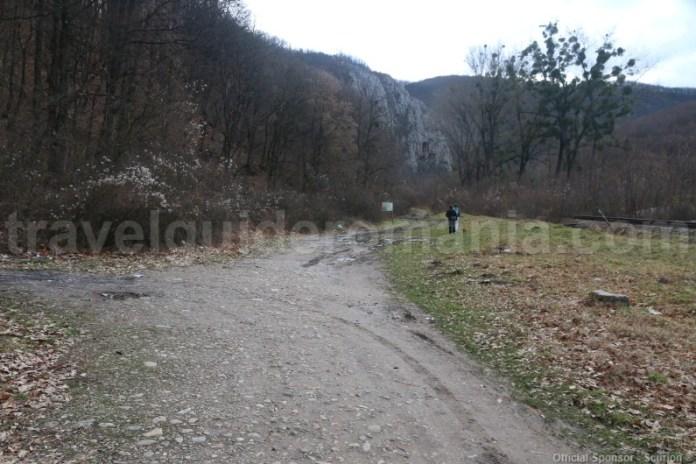 Intrarea in Defileul Crisului Repede dinspre satul Vadu Crisului
