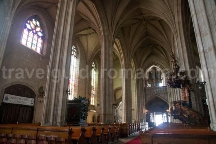 A doua cea mai mare biserică gotică din România - Sf Mihail
